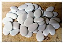 White Opaque Oval 30mm